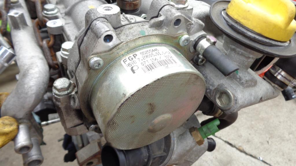 Picture of VACUM PUMP ALFA , FIAT 1.9 JTD 55205445