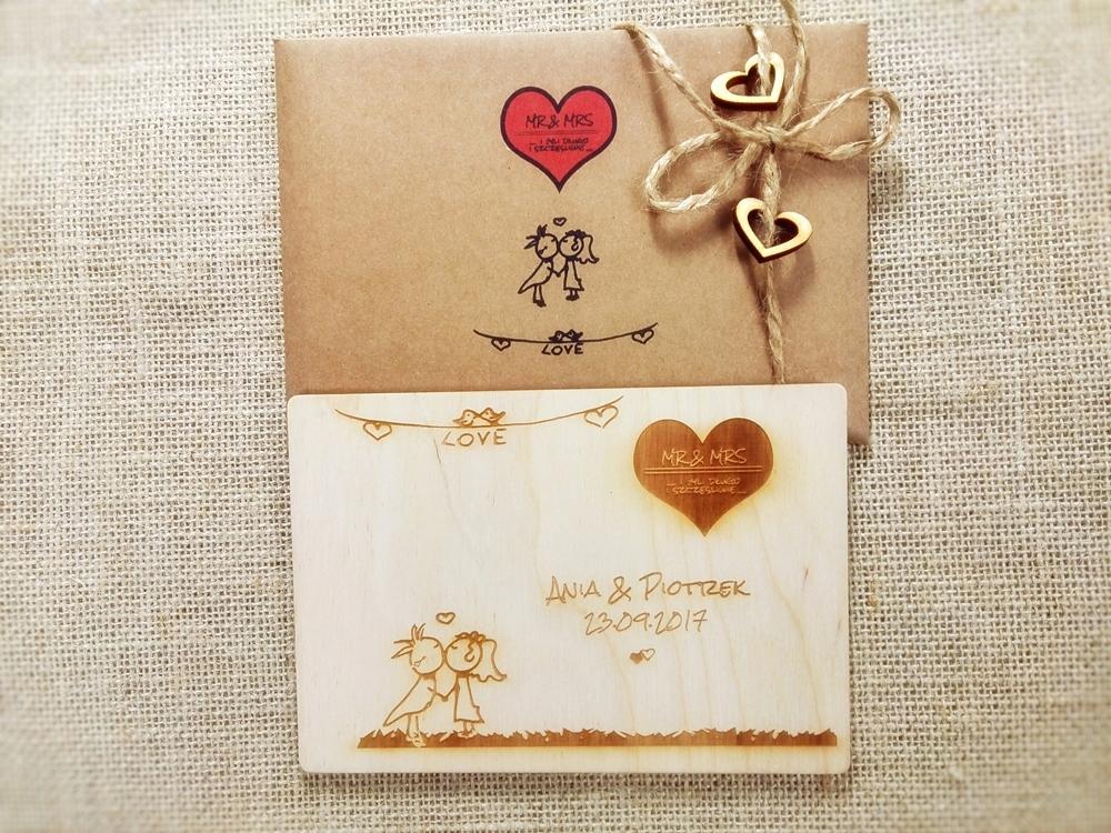 Деревянные открытки на свадьбу