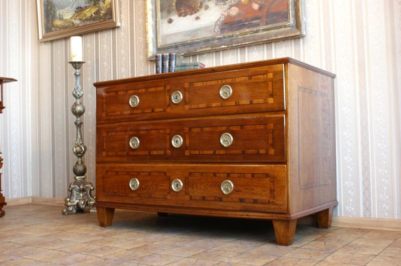 ** Originálne komody - Klasicizmus 1780- Po rekonštrukcii