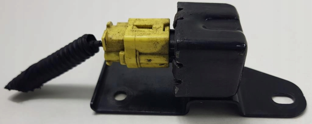 сенсор ударный боковой mazda mx5 nb n06657k1xa