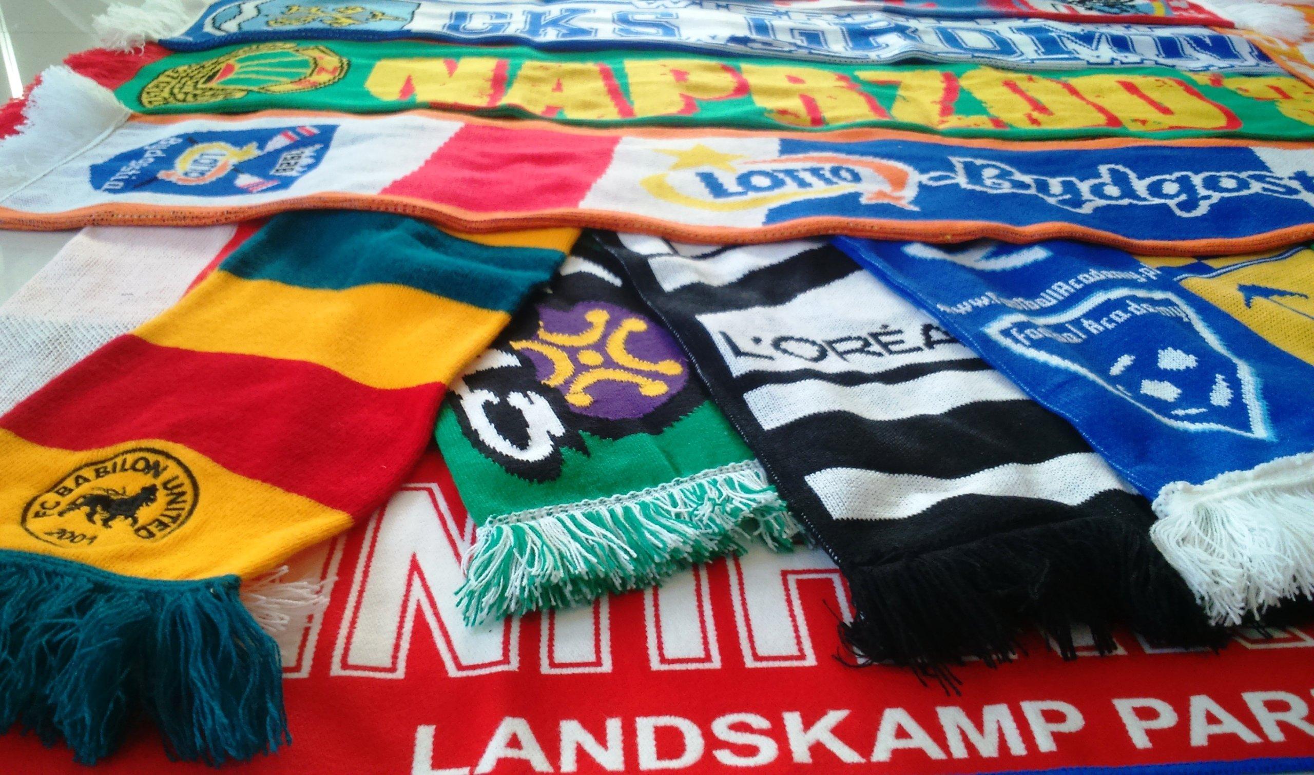 Futbalové šatky pletené s vlastným vzorcom X30