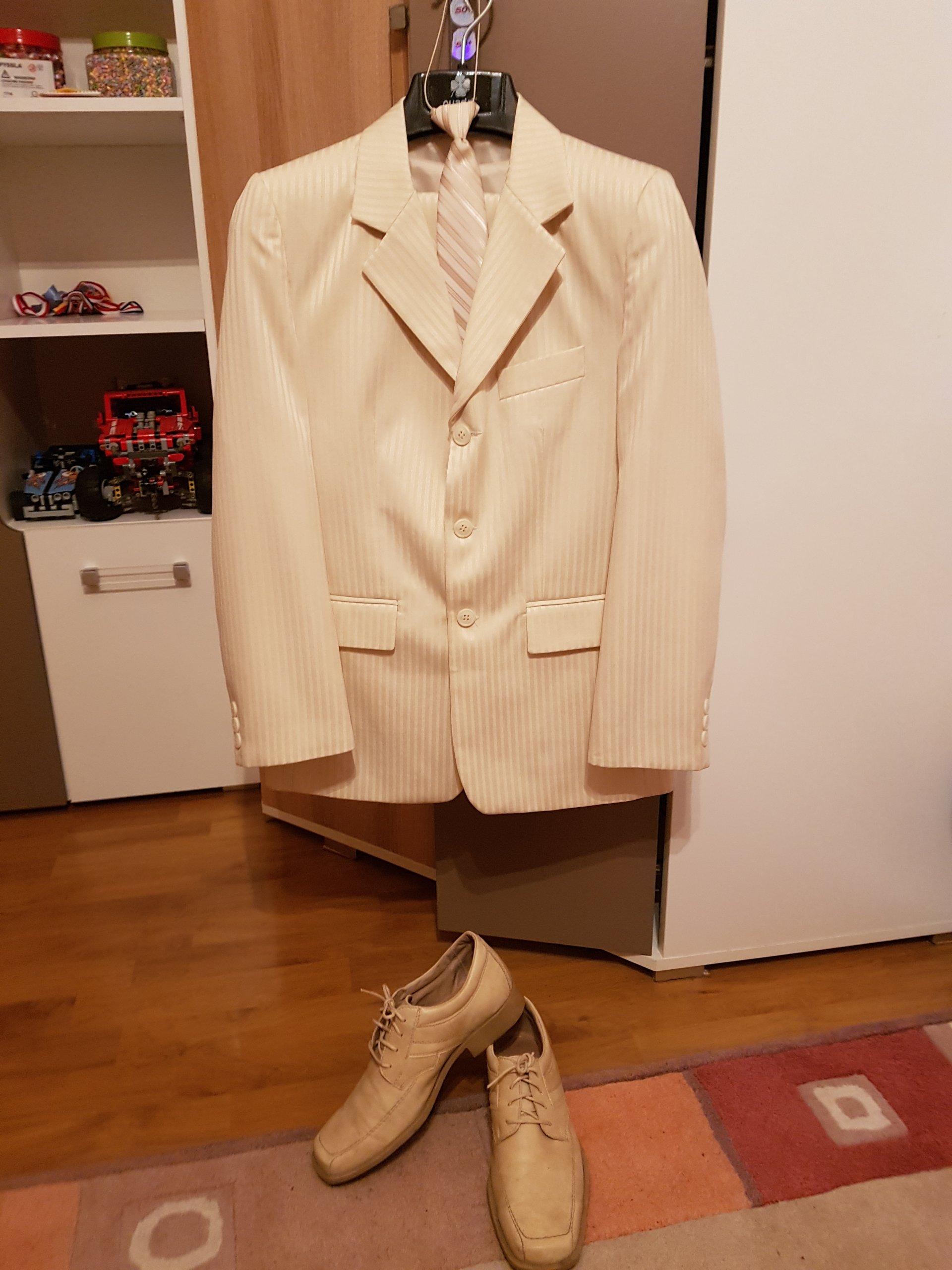 45e29b2658923 GARNITUR CHŁOPIĘCY roz. 140 + buty i krawat - 7180672852 - oficjalne ...