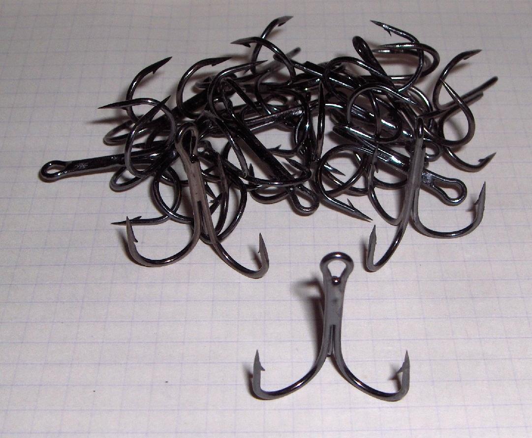 kotwice black nickel 24szt nr1/0