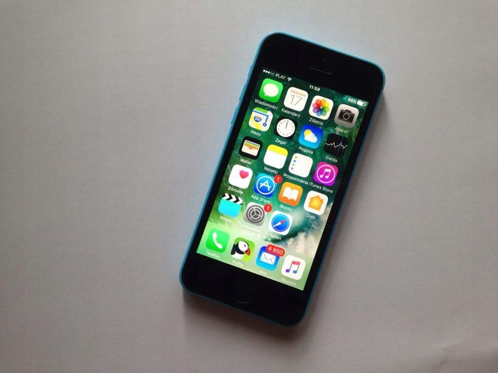 Iphone 5c 8gb Cay Zestaw Stan Bardzo Dobry Etui 7408218583