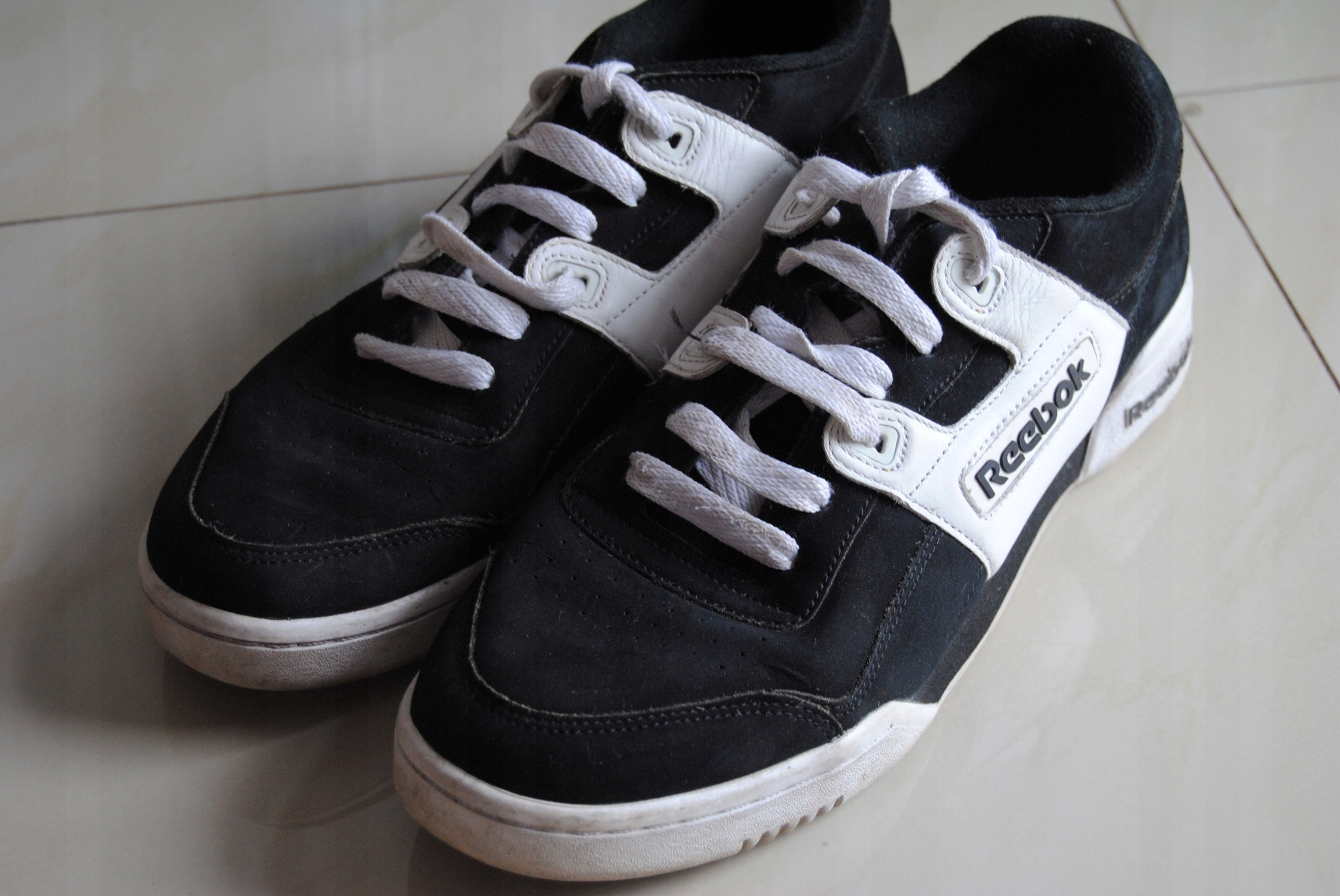 super tanie Cena obniżona butik wyprzedażowy buty REEBOK Classic czarno-białe 43 sportowe