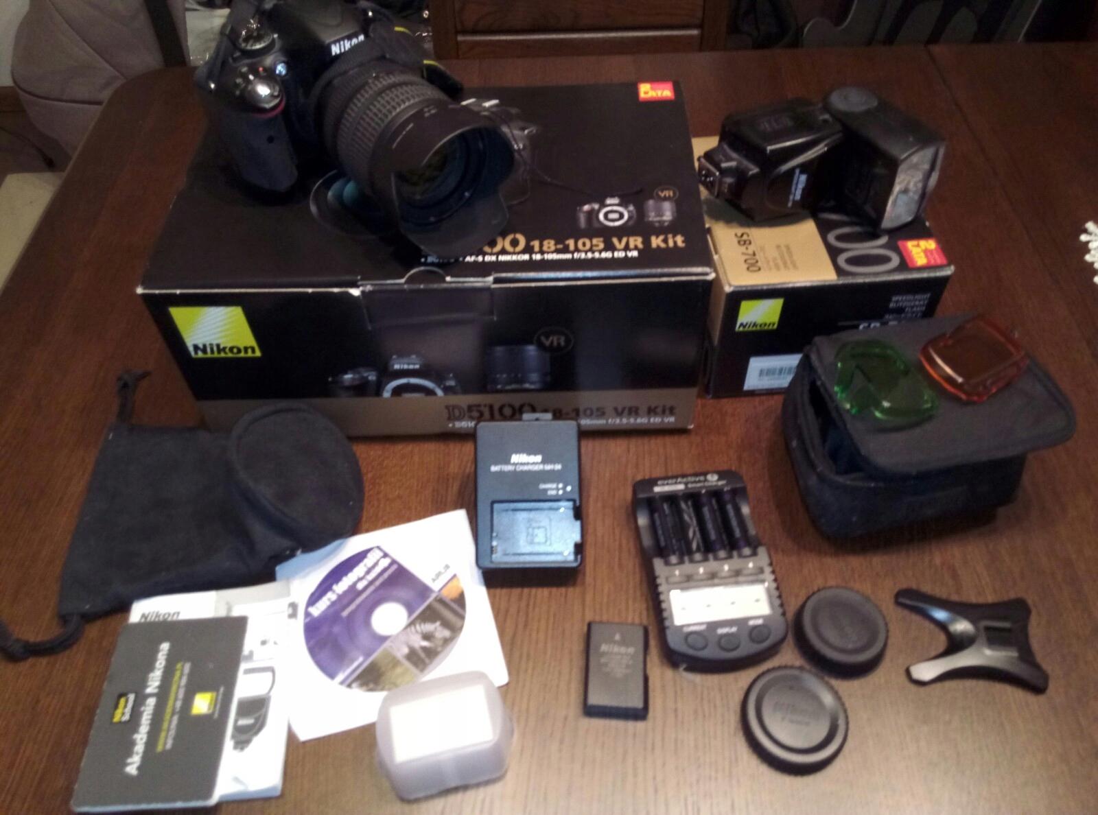 Nikon d5100 , obiektyw, lampa błyskowa i statyw