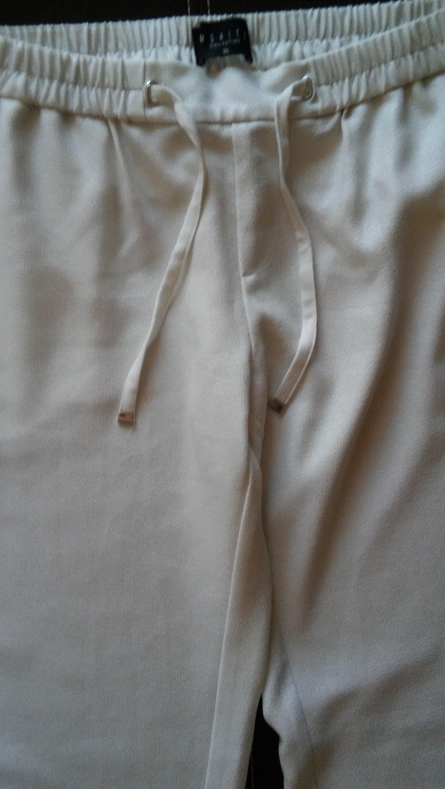 573dce9c Nitką 7433154827 Ze Damskie Białe Mohito Srebrną Spodnie 36 6PC0Yxq6
