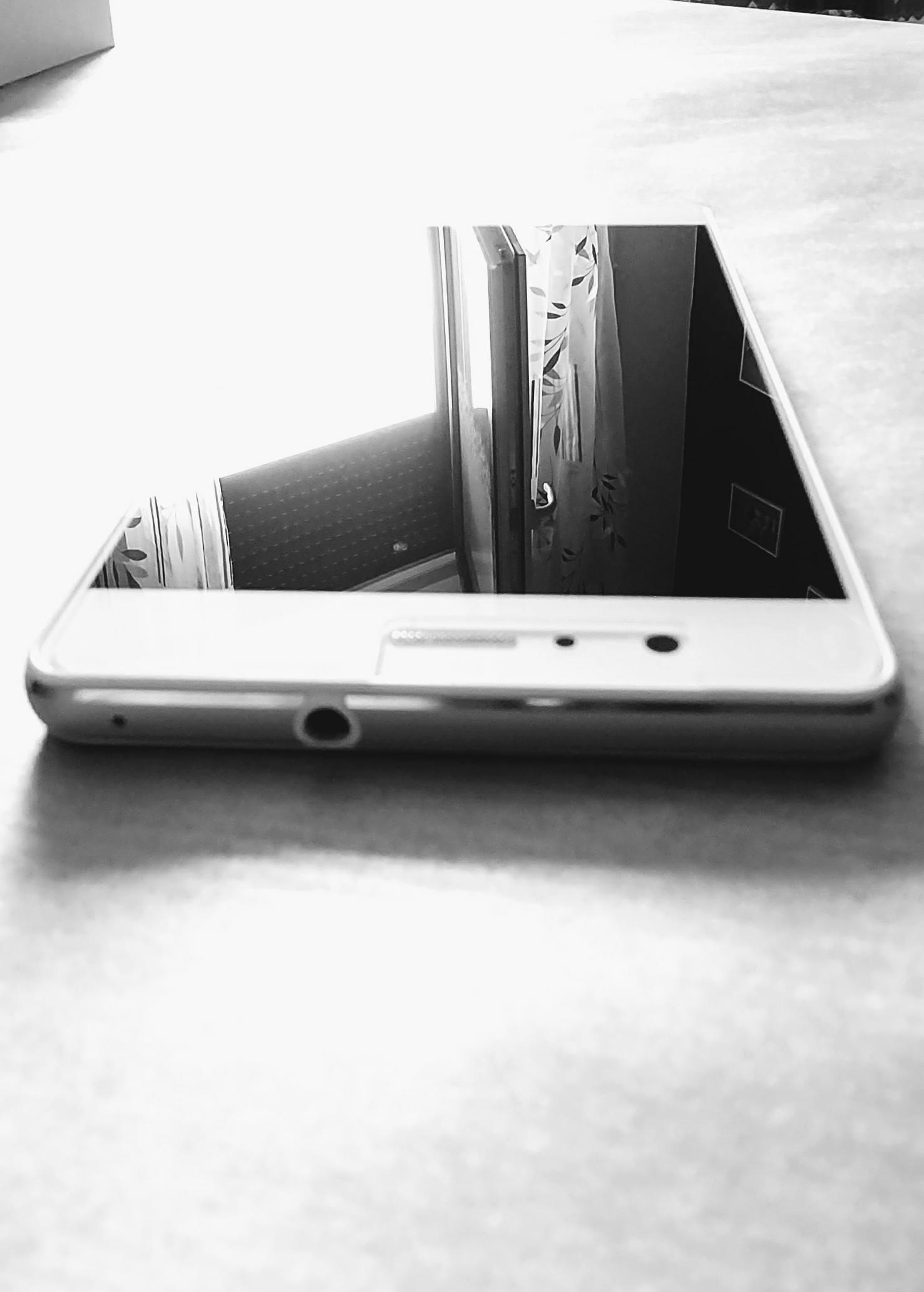 Huawei P9 Lite Biały mało używany z gwarancją!