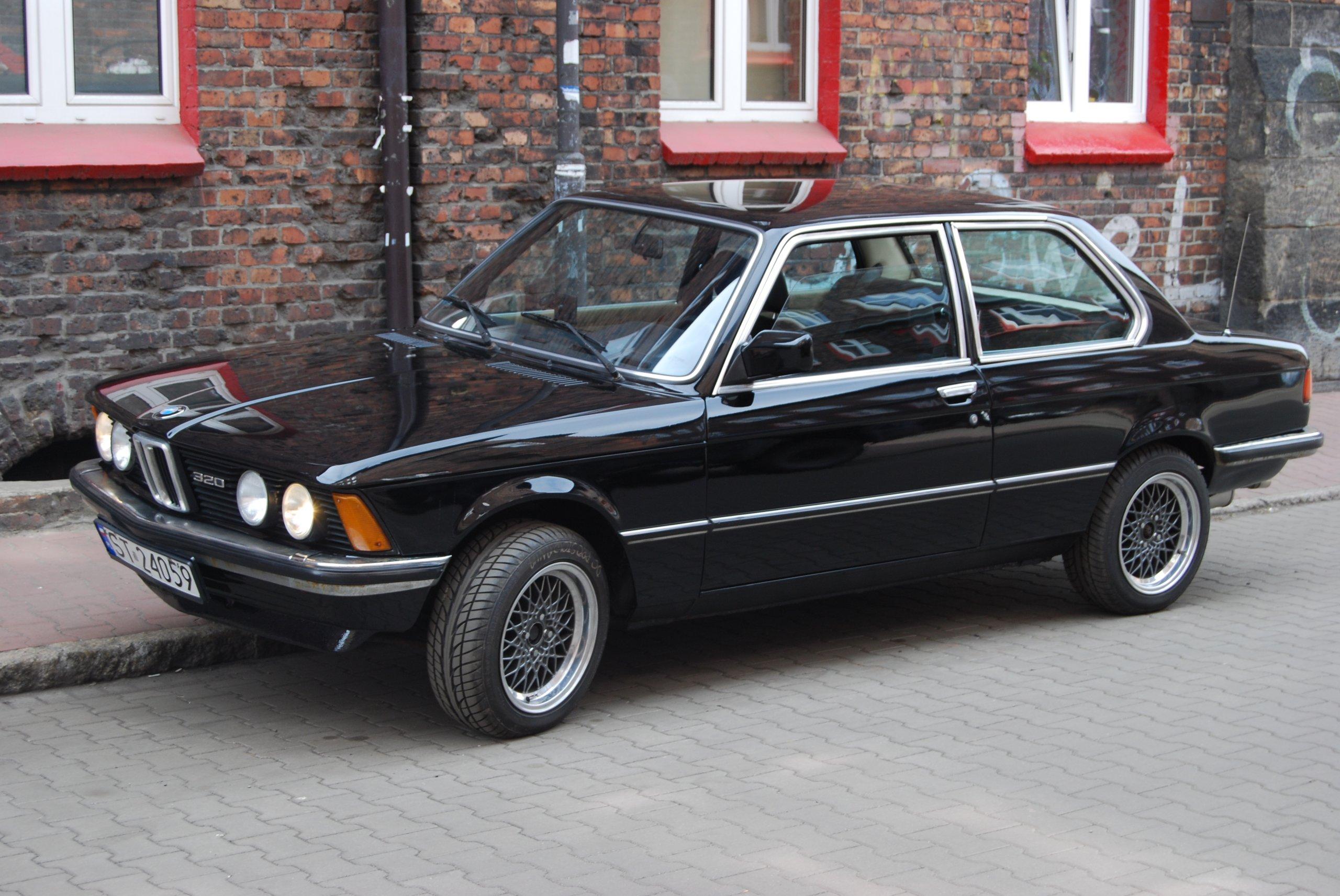 Modernistyczne BMW Seria 3 e21 Rekin - 7430336680 - oficjalne archiwum allegro SV11