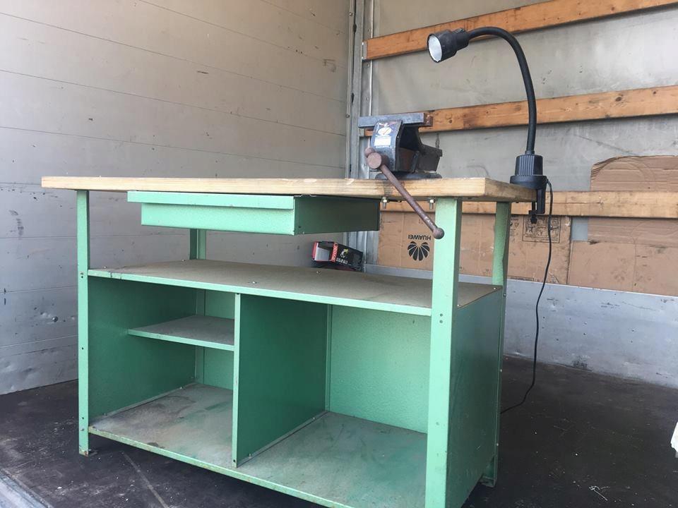 Cudowna stół warsztatowy z imadlem i lampka - 7327084727 - oficjalne NC52