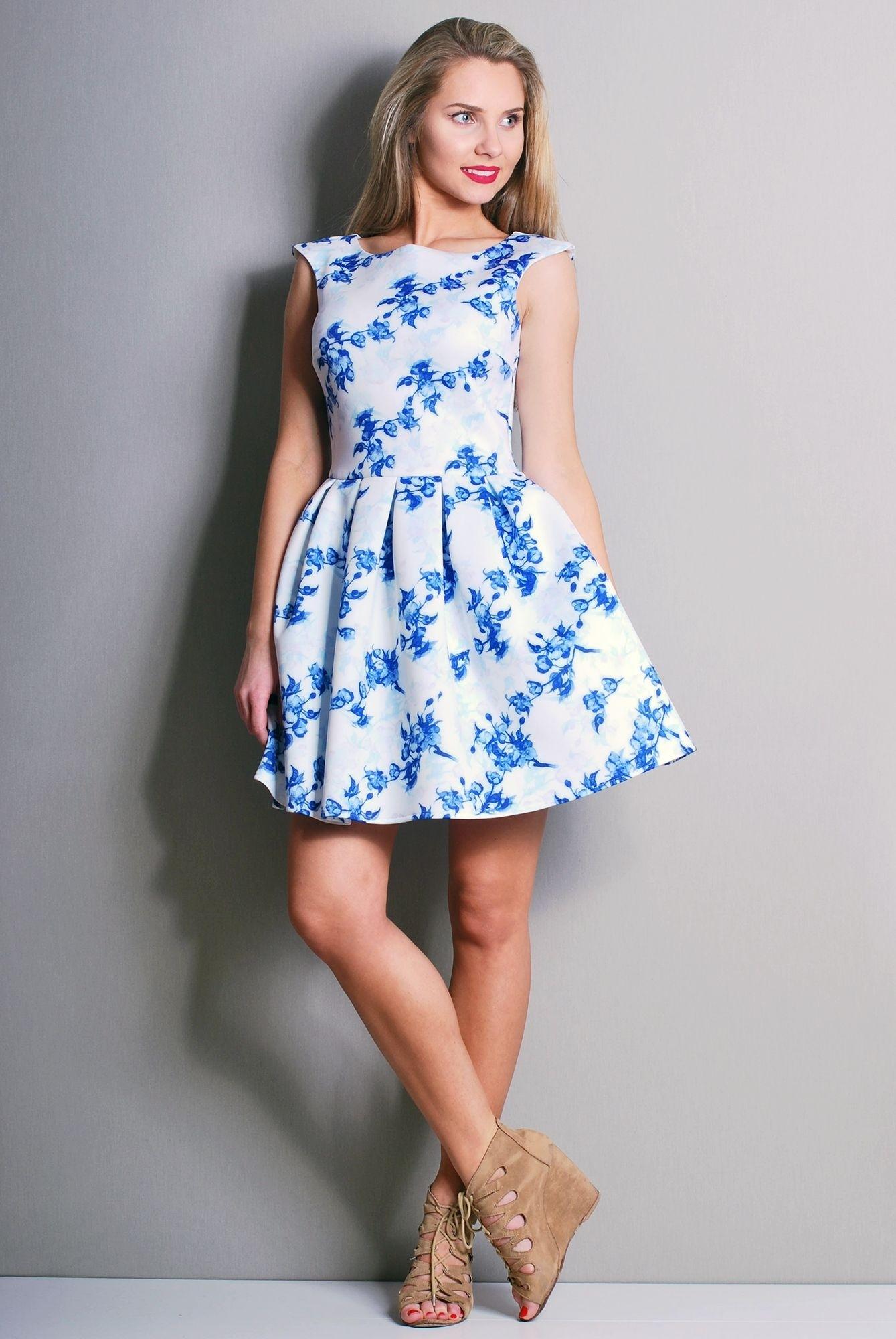 a0602c6e79 Biała sukienka w niebieskie kwiaty - 7395297121 - oficjalne archiwum ...