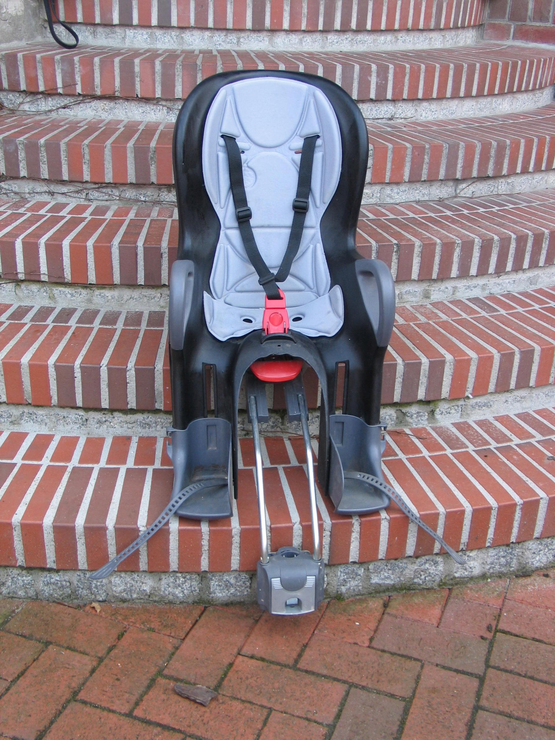 Fotelik rowerowy OKBABY włoski do 22kg do ramy