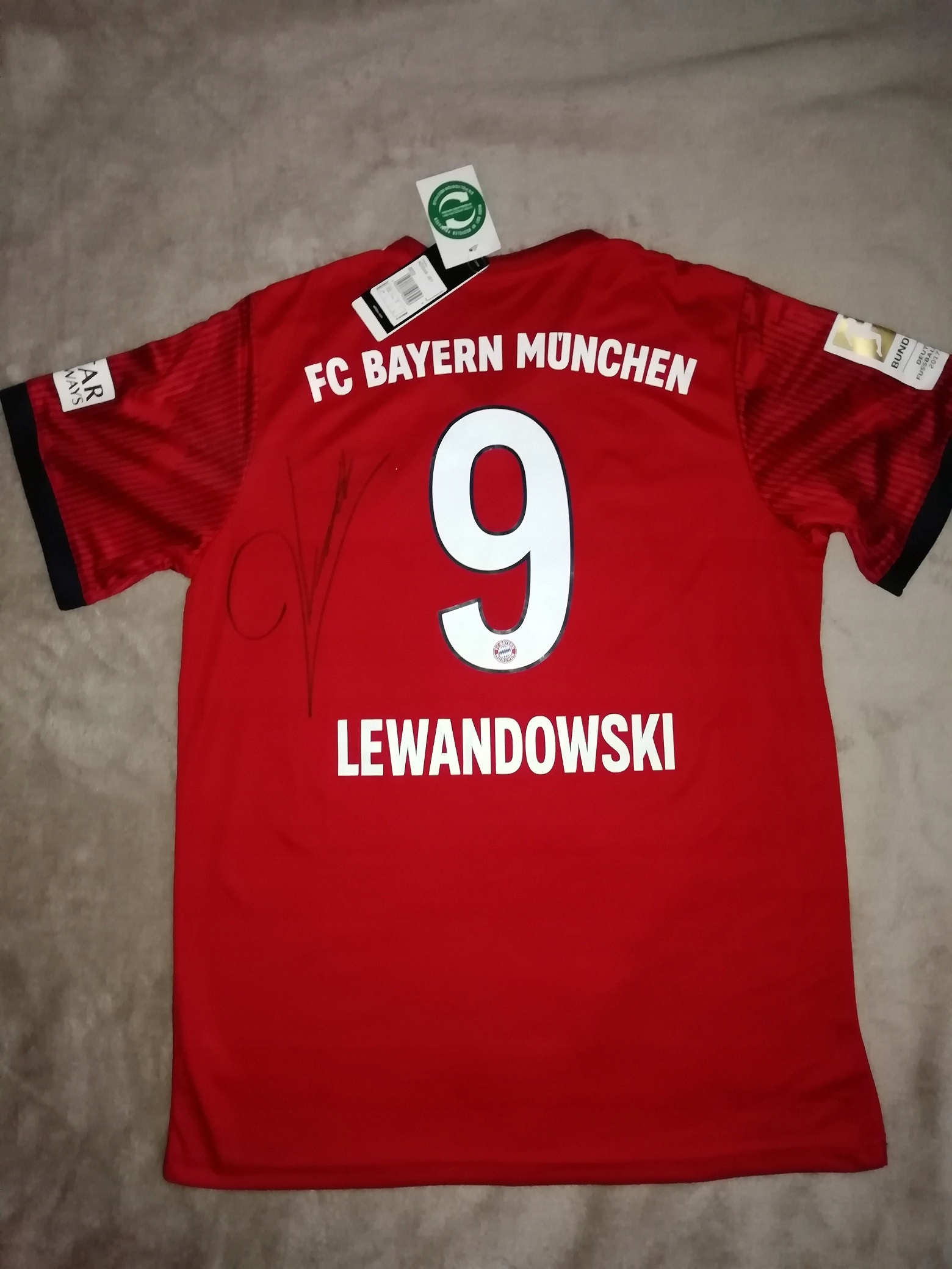 8e9eef8db4f59a Koszulka Bayern 18/19 LEWANDOWSKI z autografem - 7731662636 ...