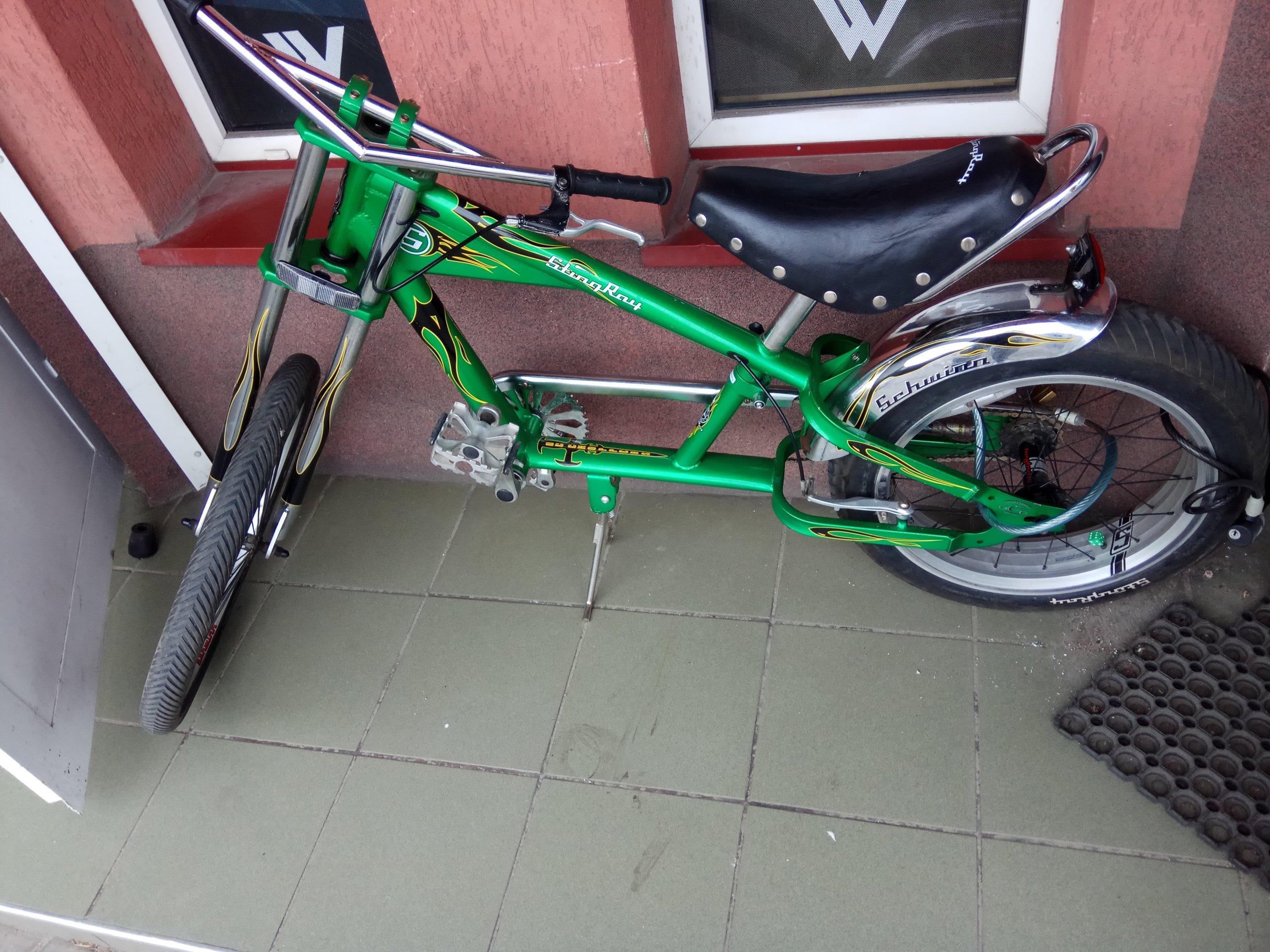 Schwinn STINGRAY rower chopper zielony