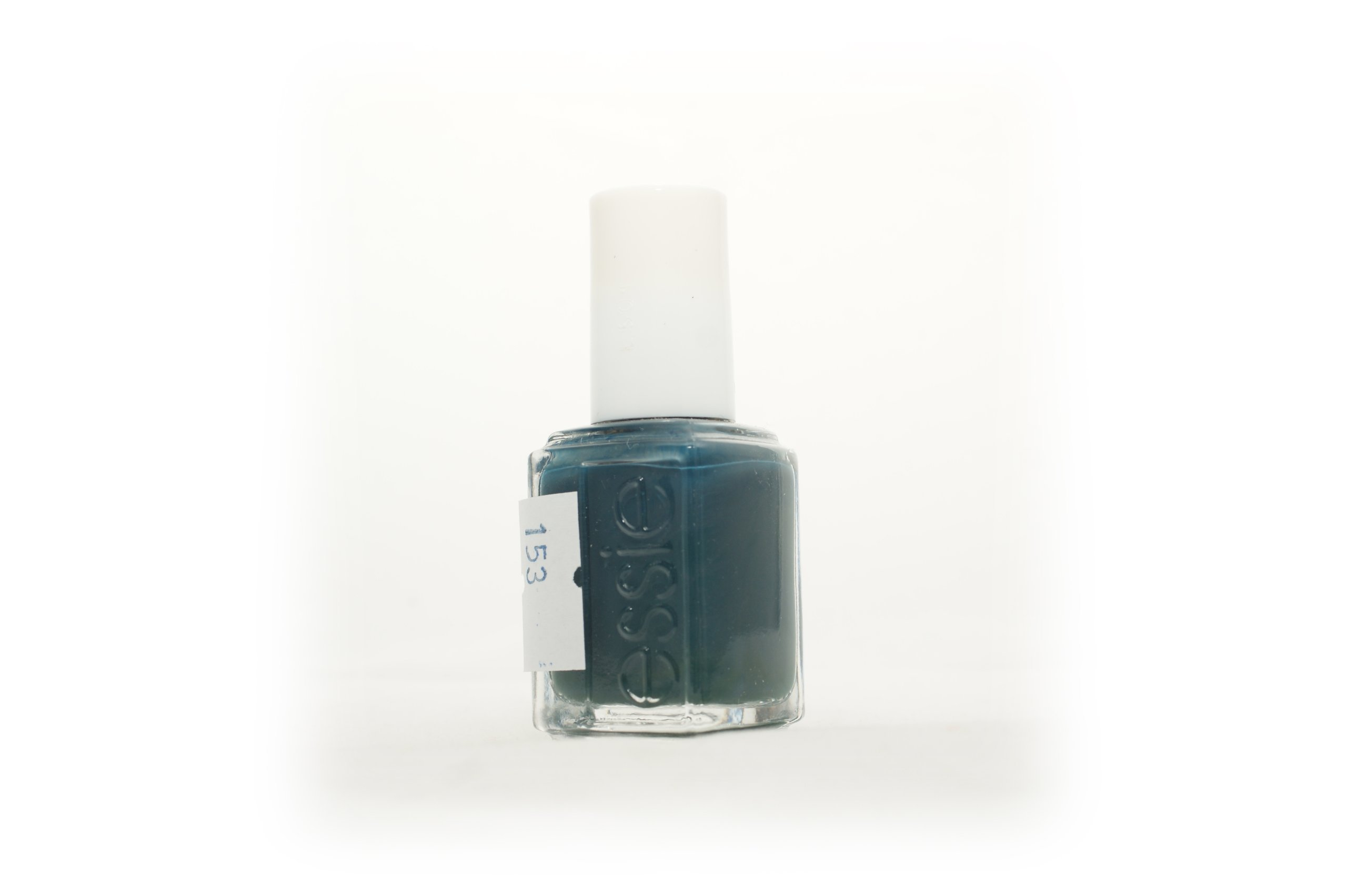 153 Lakier Do Paznokci ESSIE 880 the perfect cover