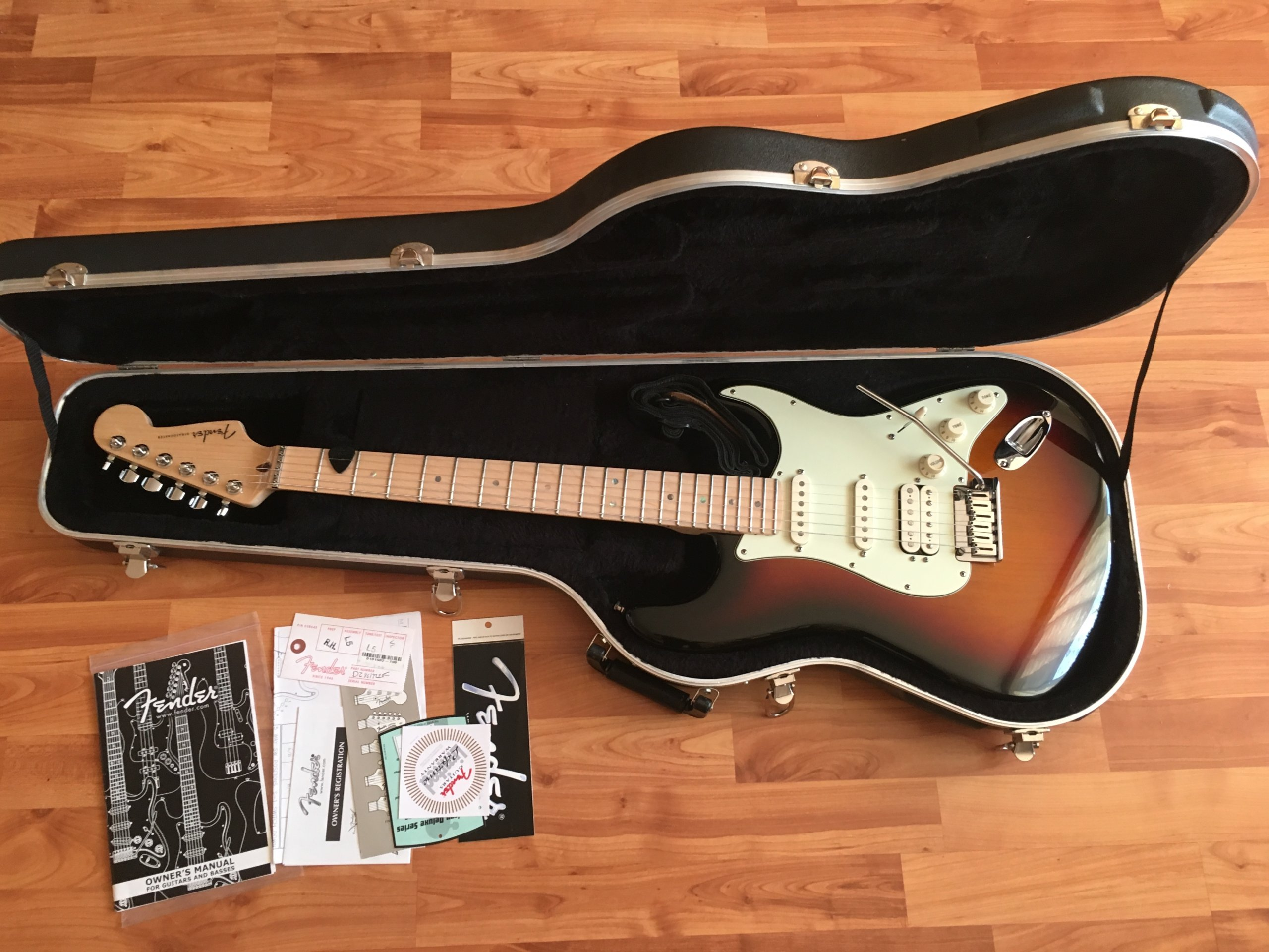 Fender Stratocaster American Deluxe SCN HSS 2008r