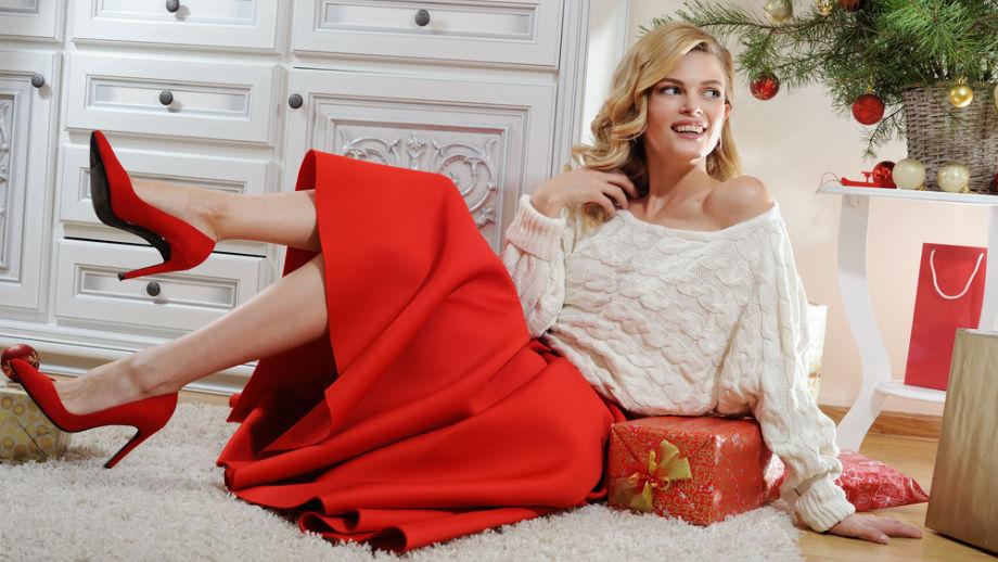 1853f1c5 Czerwona spódnica rozkloszowana – stylizacje świąteczne - Allegro.pl