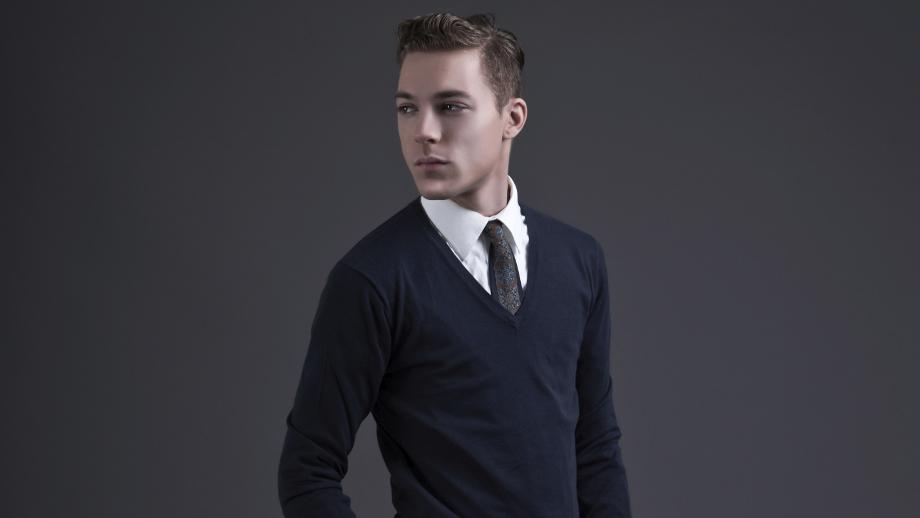 909bd51afb445 Granat w szafie męskiej – podpowiadamy, jak nosić go modnie ...