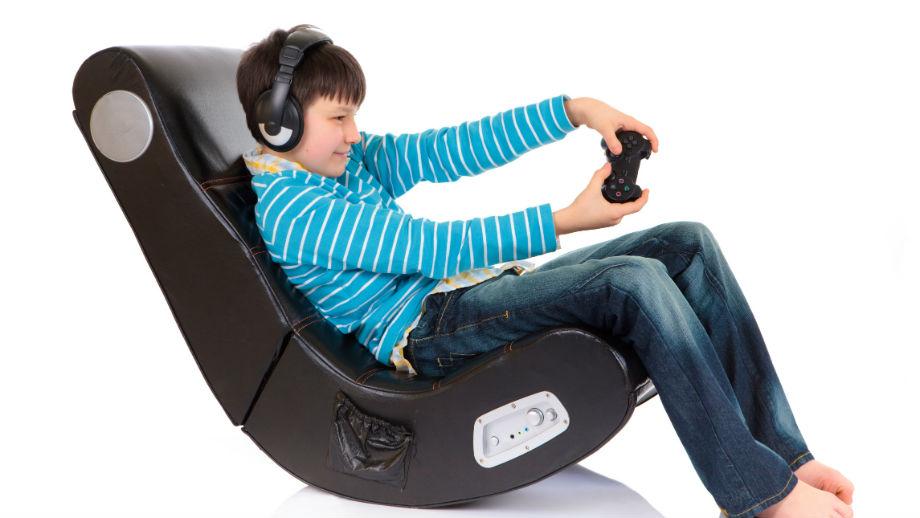 Fotel gamingowy – jak wybrać dobry fotel do grania i pracy przy komputerze?