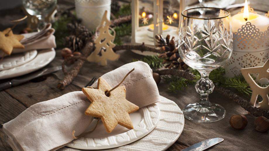 Najmodniejsze Bożonarodzeniowe Dekoracje Stołu I Domu