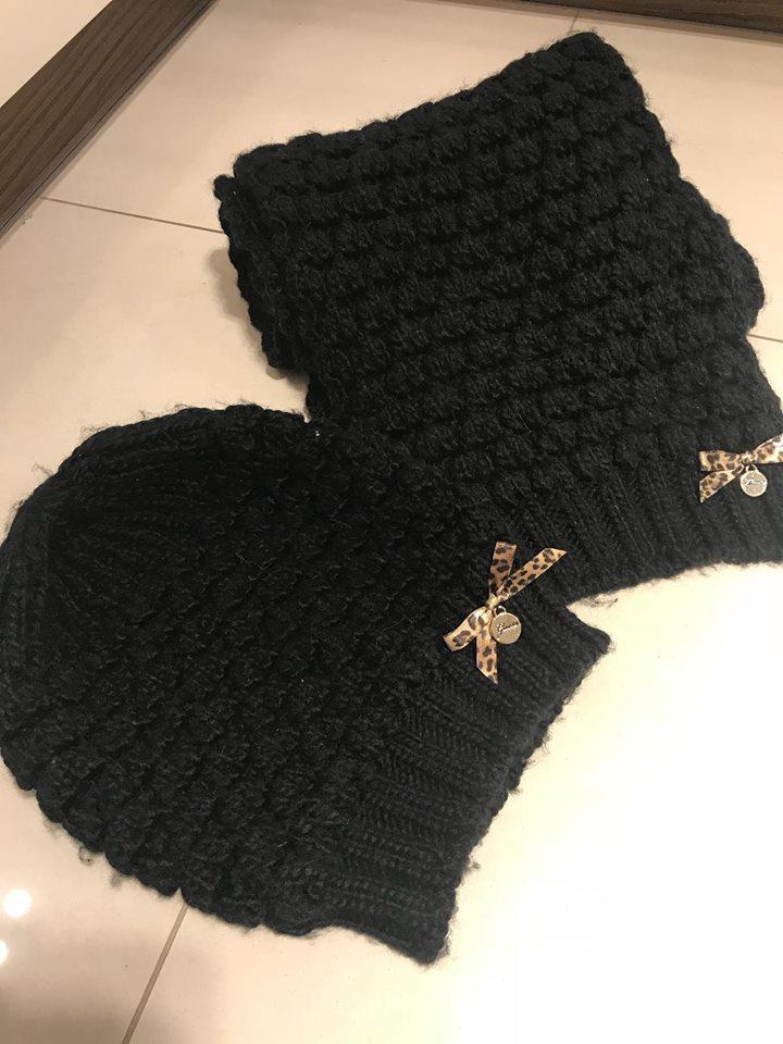 Guess czapka i szalik czarny komplet z kokardka