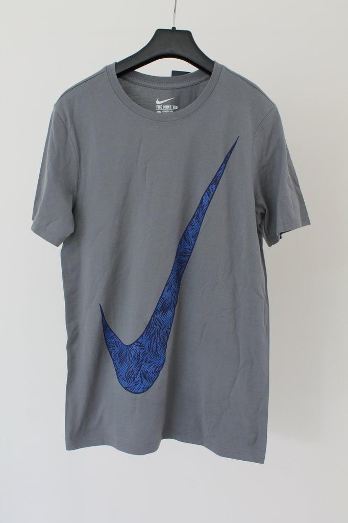 Nike  T-Shirt M