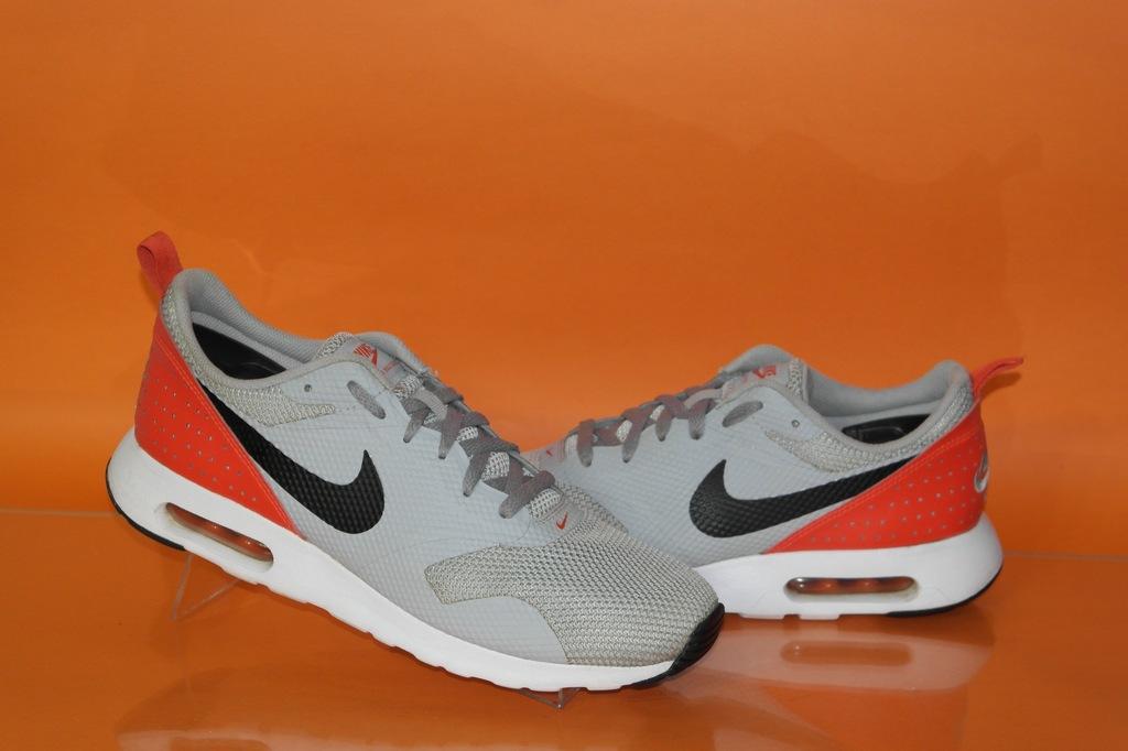 Sportowe buty NIKE AIR MAX TAVAS białe 36 40