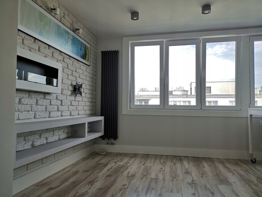 Słoneczne, nowoczesne, dwupokojowe mieszkanie.