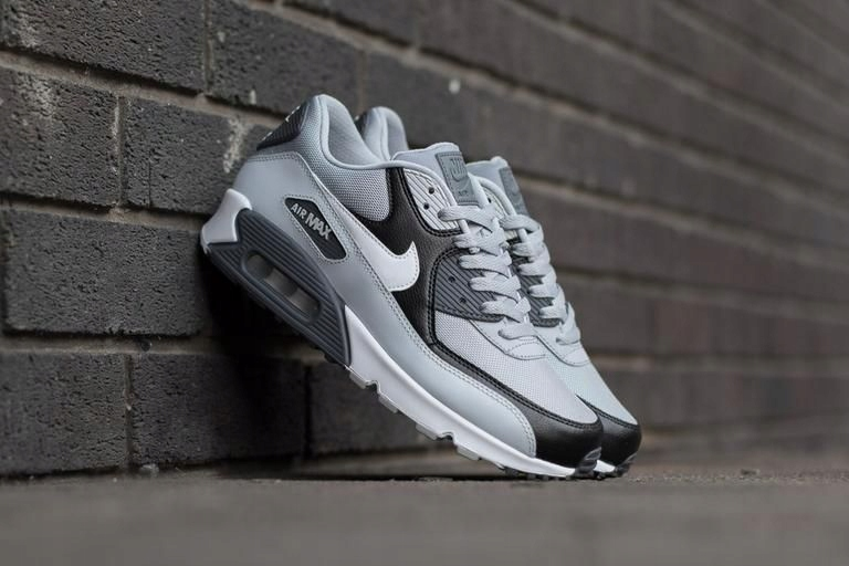 NIKE AIR MAX 90 ESSENTIAL 537384 083 roz 45