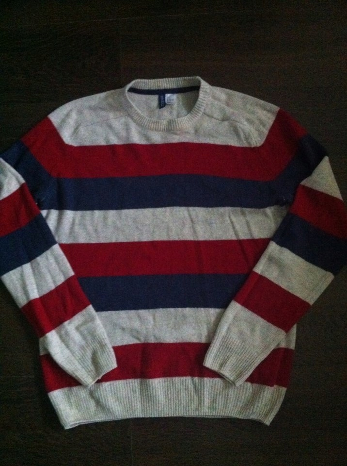 H&M DIVIDED L świetny sweterek W-wa