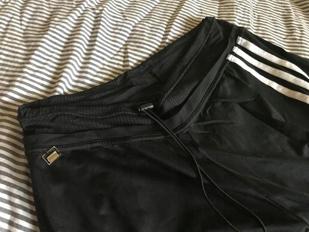 Spodnie dresowe Adidas retro dzwony