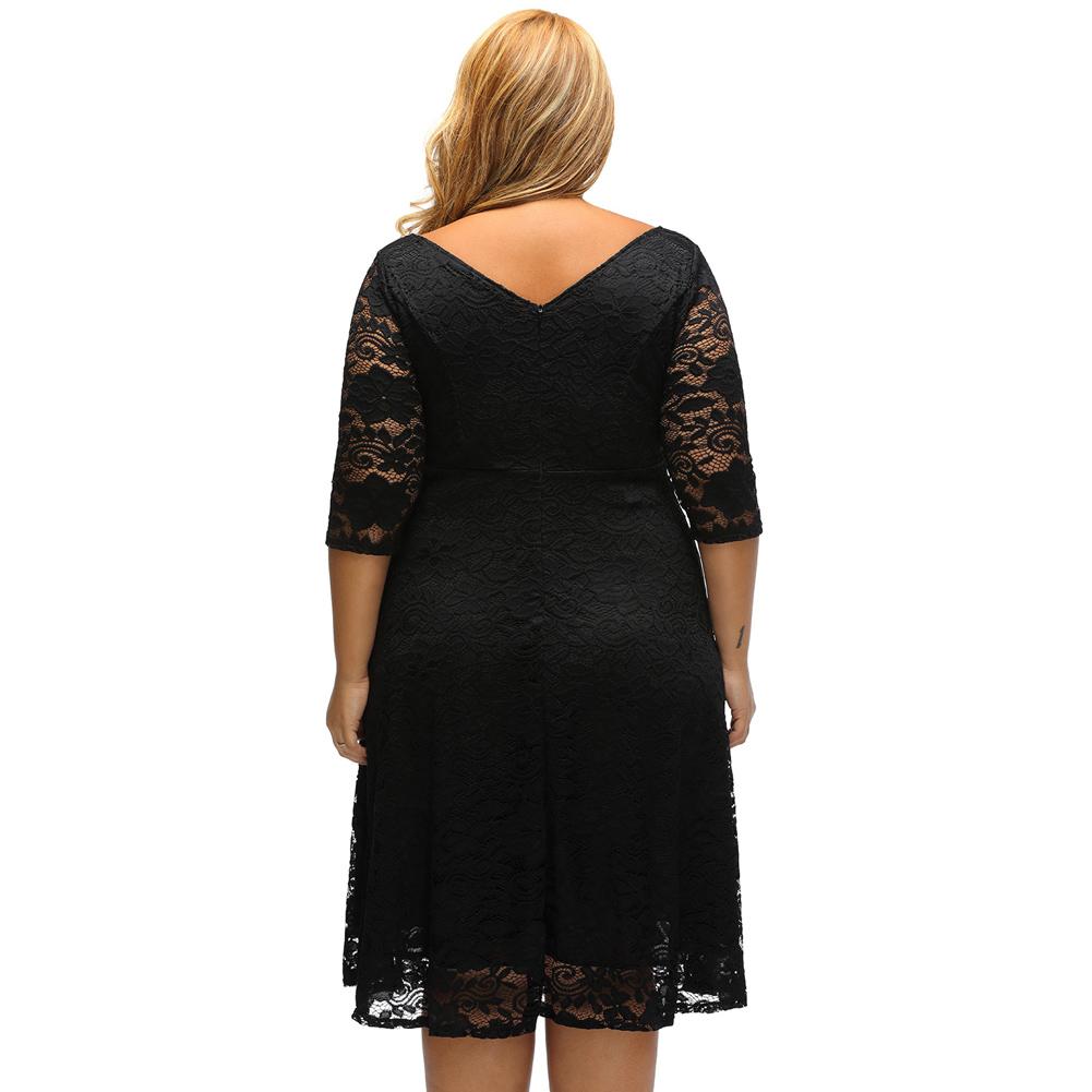 bae06f52a40d Sukienka koronkowa rozkloszowana na wesele big plus size MODITO