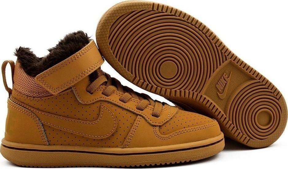 Nike Court Borough Mid Wtr Psv