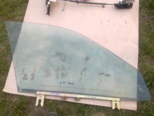 alfa romeo 166 стекло левый перед левая передняя - фото