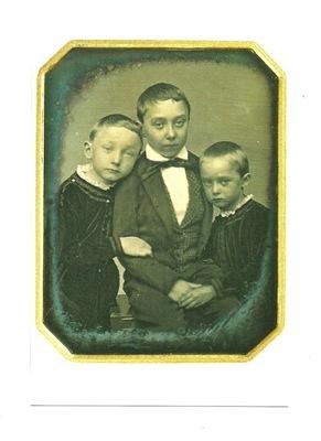 Poczt. - Portret trzech braci / dagerotyp, XIX w.