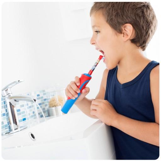 Elektryczna szczoteczka do zębów Oral-B Kids Cars