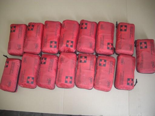 Apteczka 8F0860282 Audi Oryginalna używana 7638995388