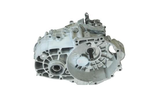 коробка передач AUDI Q3 2 0 TDi 4x4 6 передач QCR